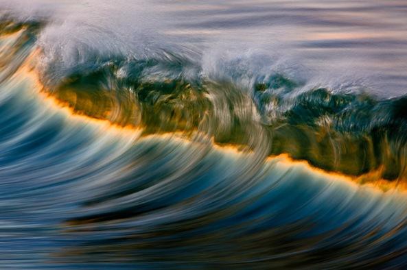 California-Waves-by-David-Orias-2