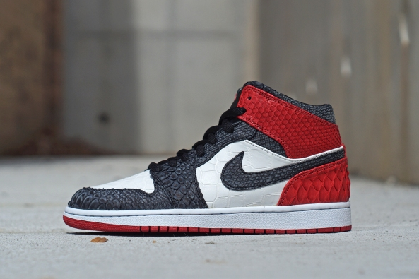 Jordan 1 Python+Alligator BLACKTOE by JBF Custom