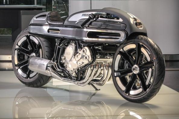 BMW K1600 by Fred Krugger Bertrand (1)