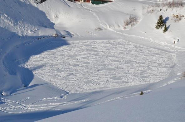 Snow-Art-by-Simon-Beck-7