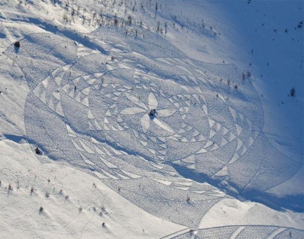 Snow-Art-by-Simon-Beck-9
