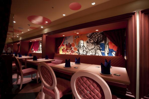 Alice-in-Wonderland-Restaurant-G