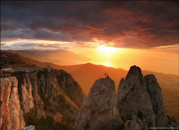 Le Mont Ai Petri à différents moments de l'année (1)