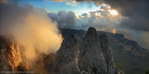 Le Mont Ai Petri à différents moments de l'année (13)