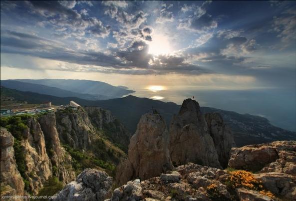 Le Mont Ai Petri à différents moments de l'année (2)
