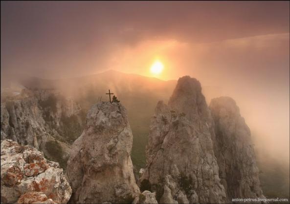 Le Mont Ai Petri à différents moments de l'année (3)