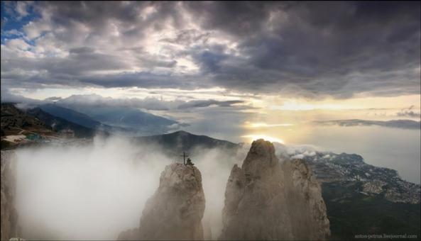 Le Mont Ai Petri à différents moments de l'année (4)