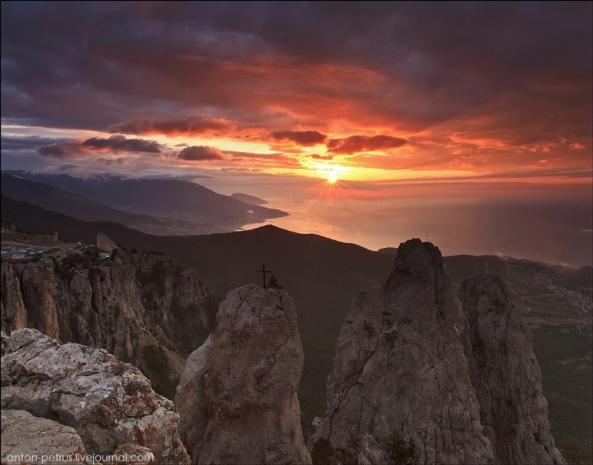 Le Mont Ai Petri à différents moments de l'année (5)