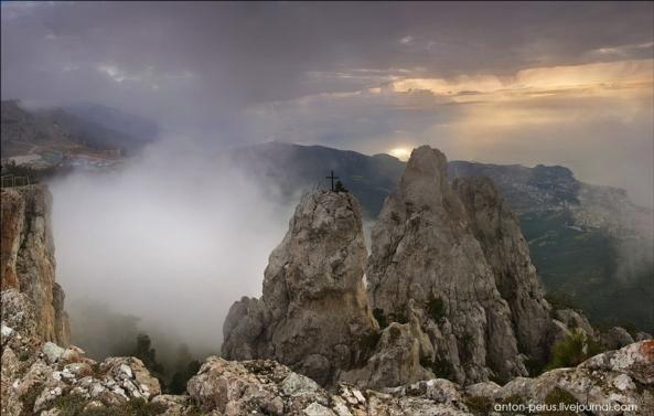 Le Mont Ai Petri à différents moments de l'année (6)