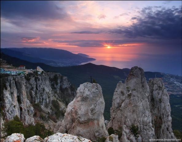 Le Mont Ai Petri à différents moments de l'année (9)